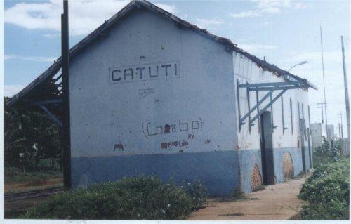 Catuti Minas Gerais fonte: www.estacoesferroviarias.com.br