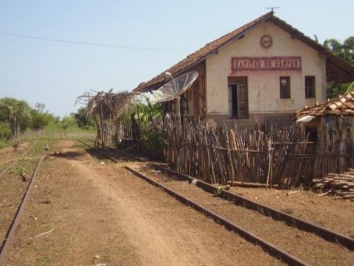 Resultado de imagem para Estações abandonadas do Piauí fotos